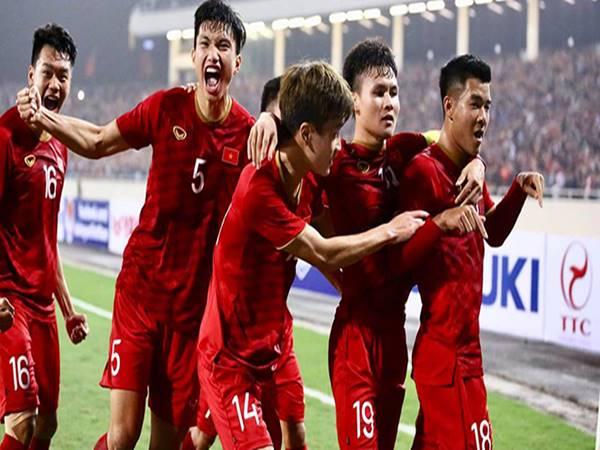 Tin bóng đá Việt 9/5: Việt Nam tránh vết xe đổ Thái Lan